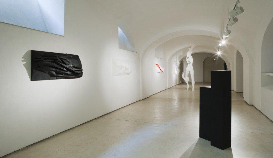 Cosmogonie – mostra personale di scultura di Mario Coppola, Fondazione Plart